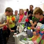 MindTrekkers fest kids with 3D printers
