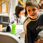 featured-kids-watching-3d-printer-budapest
